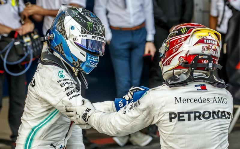 Valtteri Bottas e Lewis Hamilton (Lusa)