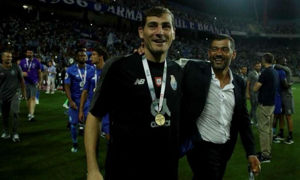 Sérgio Conceição com Casillas