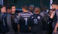 Visita do plantel do FC Porto a Casillas