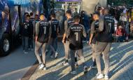 Visita do plantel do FC Porto a Casillas (Lusa)