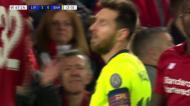 Alisson nega o golo a Messi