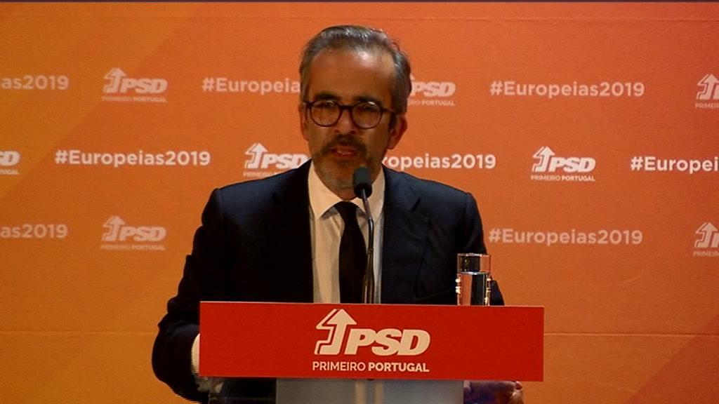 """Paulo Rangel diz que Pedro Marques é um candidato """"fake"""""""