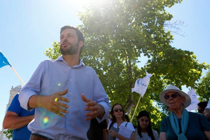 João Ferreira em campanha para as Europeias