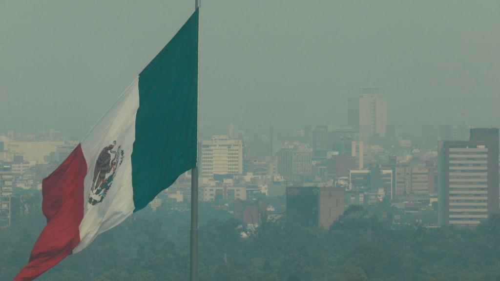 Níveis de poluição atingem valores preocupantes no México