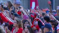 A euforia encarnada na chegada do Benfica à Câmara de Lisboa