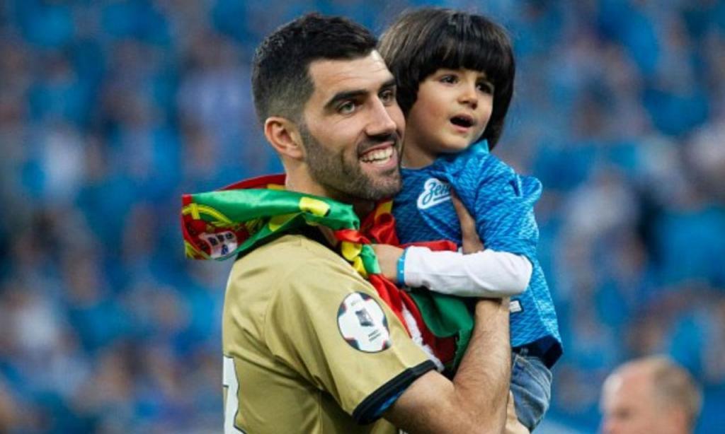 Luís Neto no «adeus» ao Zenit