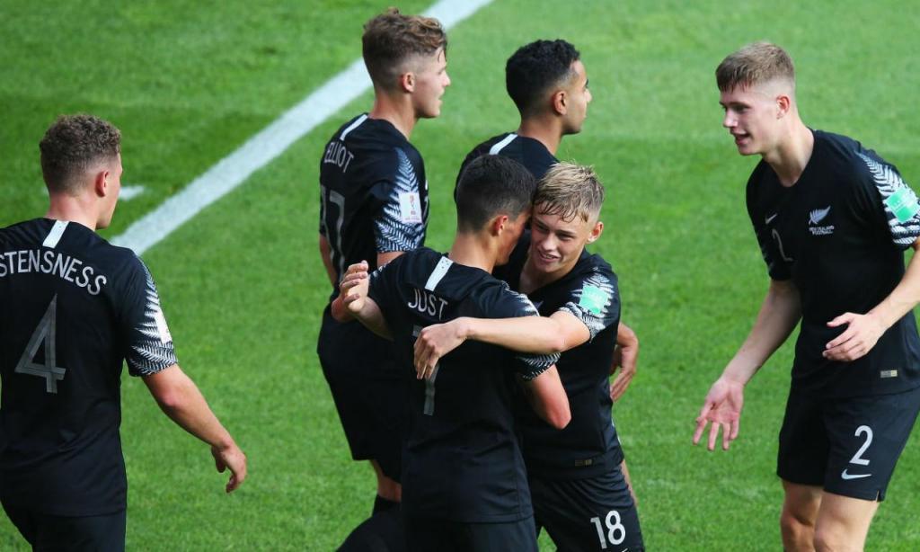 Nova Zelândia estreou-se com goleada