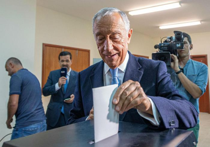 Marcelo Rebelo de Sousa vota para as eleições europeias