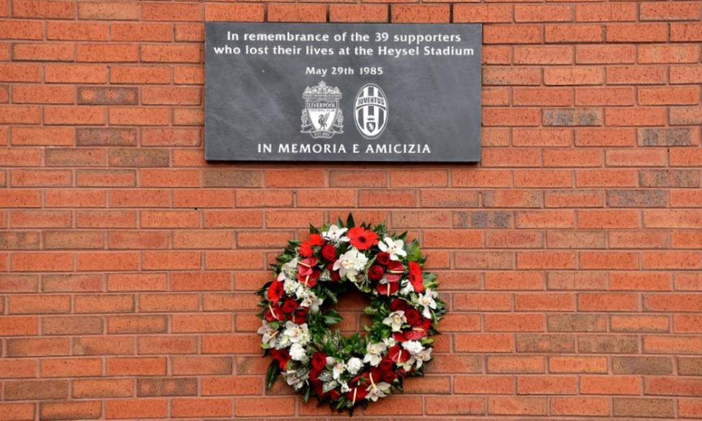 Liverpool lembra vítimas da tragédia de Heysel