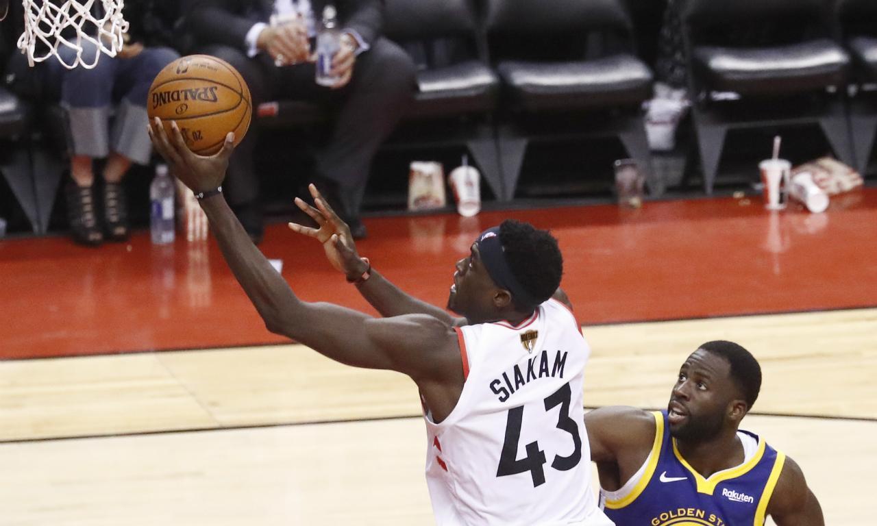 Toronto Raptors-Golden State Warriors (LARRY W. SMITH/EPA)