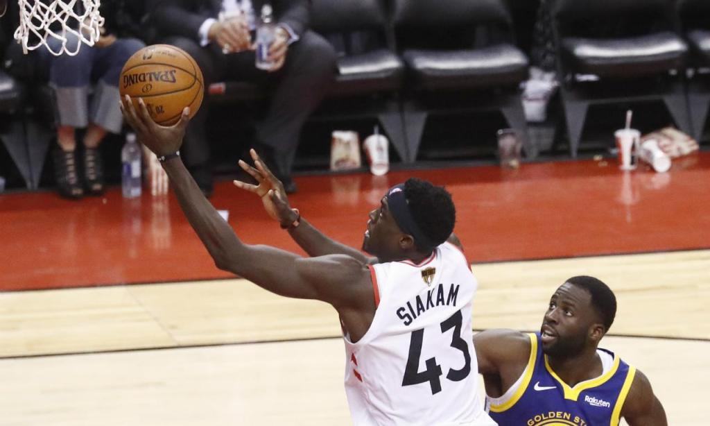 Toronto Raptors-Golden State Warriors (LARRY W. SMITH/EPA)