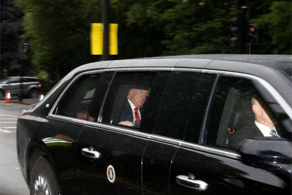 Trump e Farage encontram-se em Londres