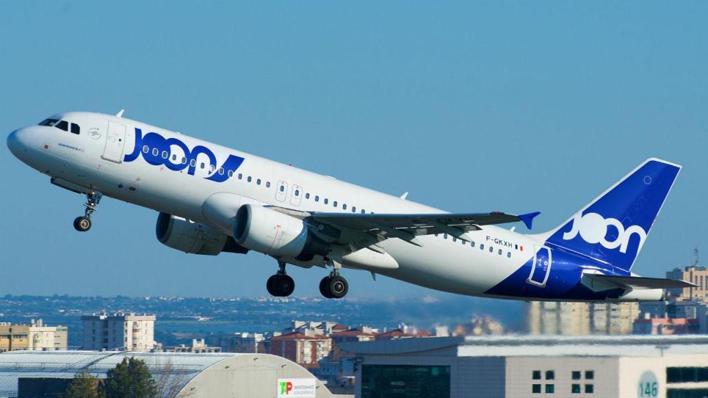 Avião da Joon