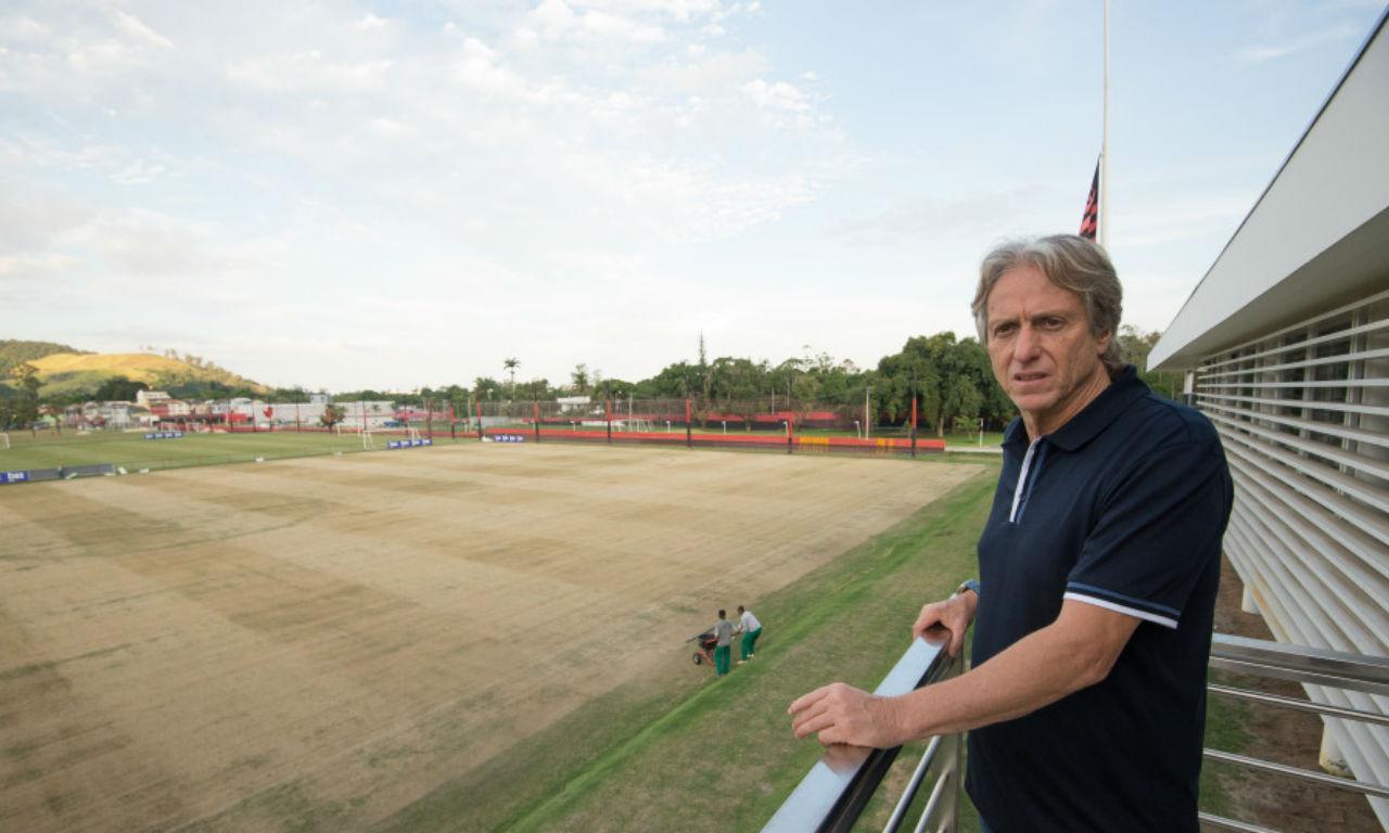 Jesus visita centro de treinos (fotos: Flamengo)