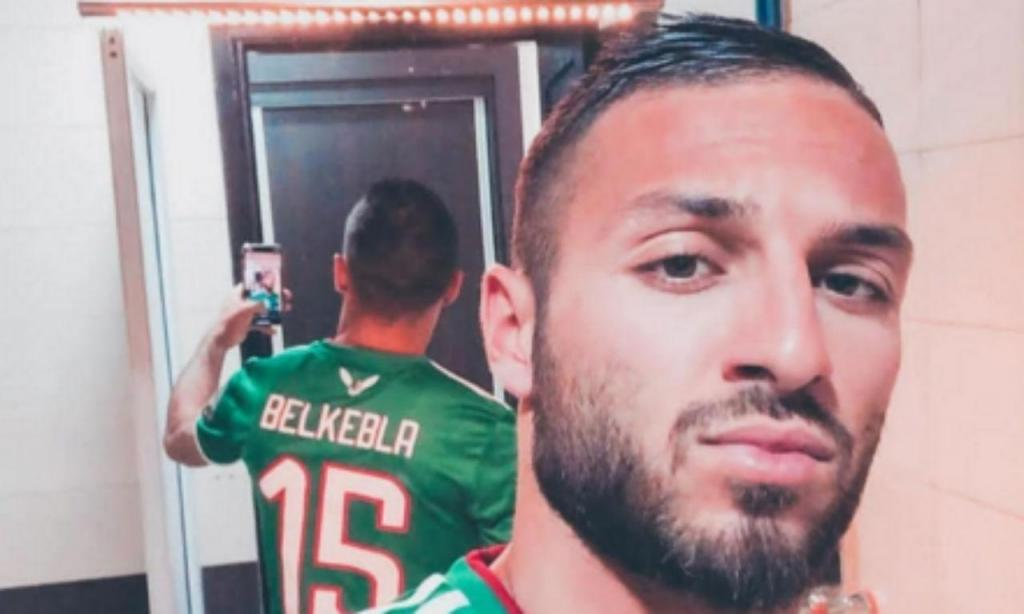 Belkebla expulso da seleção da Argélia