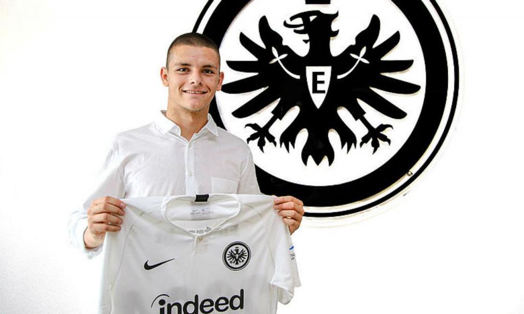 Joveljic reforçou Eintracht