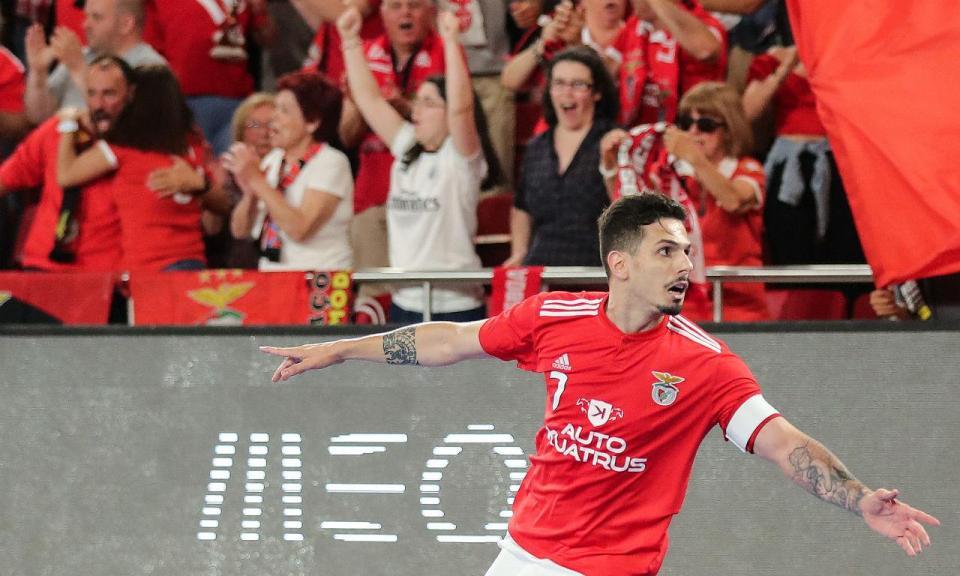 Futsal: Benfica arranca defesa do título com empate em casa do Eléctrico