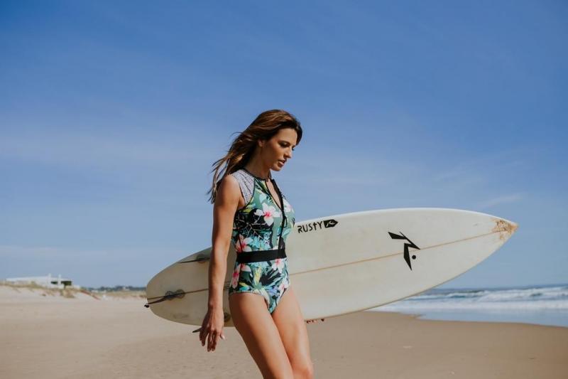 fc96d33c8 3/16 - Ana Rita Clara é pprotagonista de uma nova campanha de activewear e  swimwear Body Glove, da Dama de Copas Foto: Divulgação