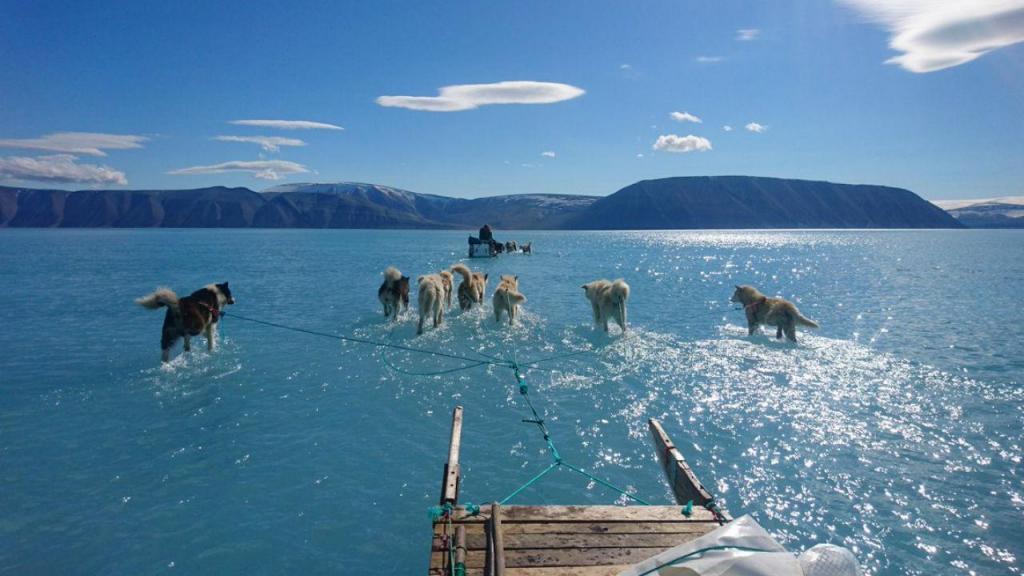 Imagem mostra o degelo na Gronelândia