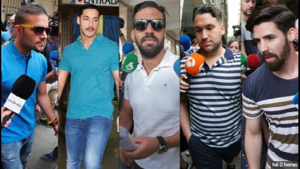 Espanha: elevada pena dos cinco homens que violaram em grupo uma jovem
