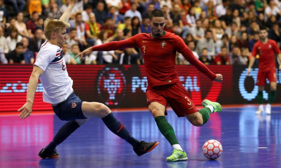 Futsal: Seleção prepara qualificação com jogos frente à Espanha