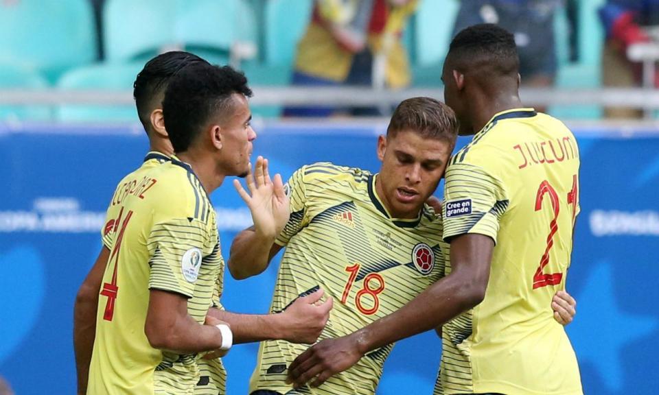 VÍDEO: Borja e Luiz Díaz bem tentaram, mas Colômbia ficou a zero