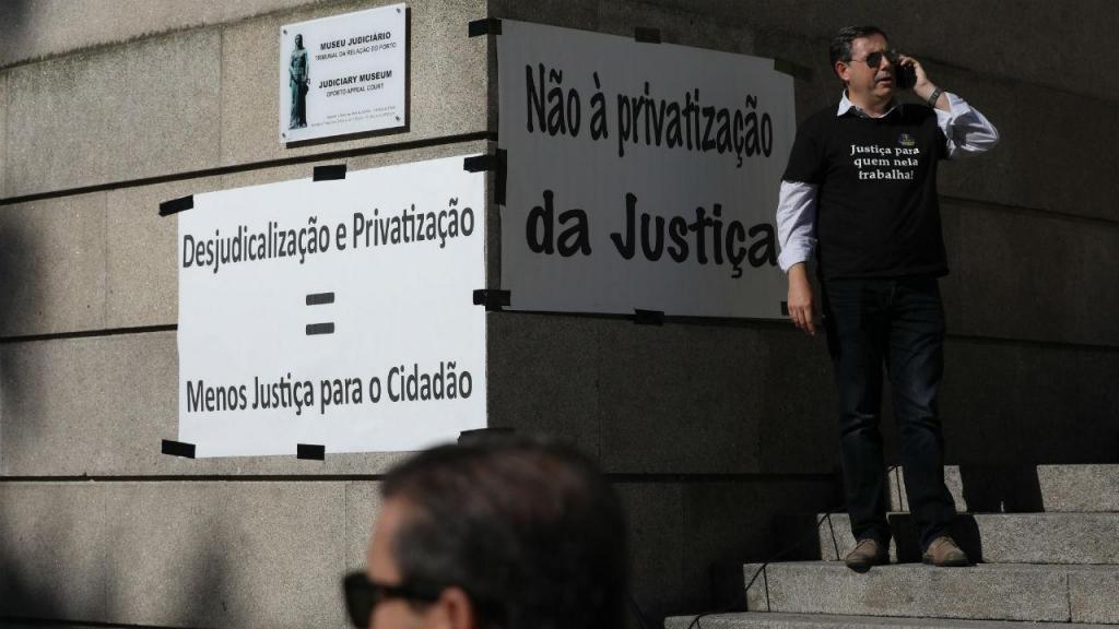Greve de oficiais de justiça