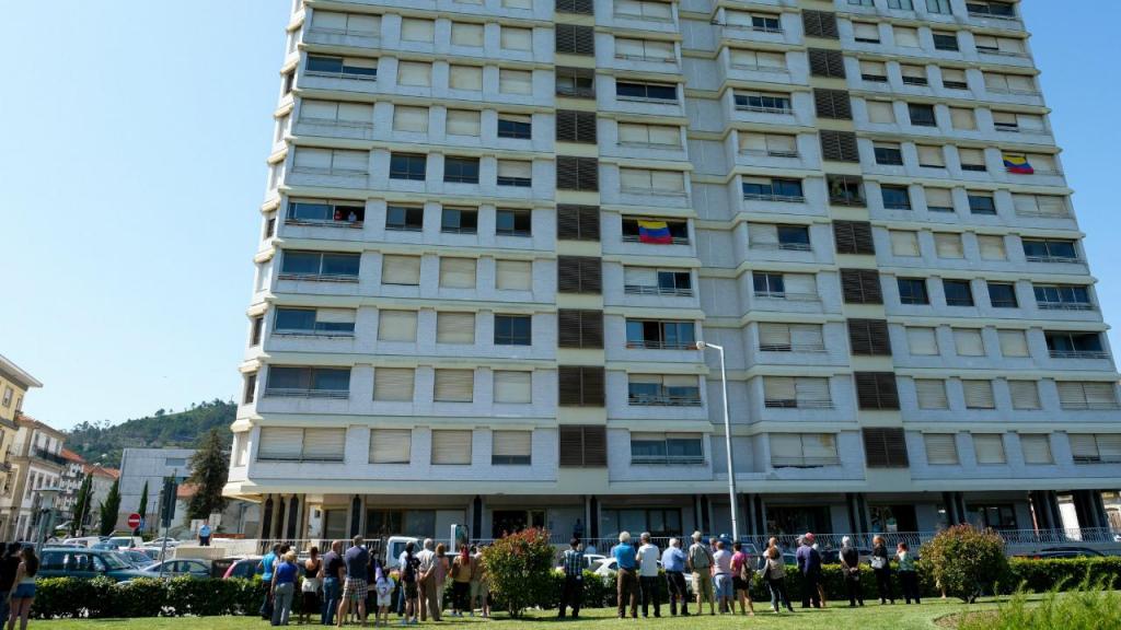 Advogados dos últimos moradores do prédio Coutinho autorizados a entrar no edifício