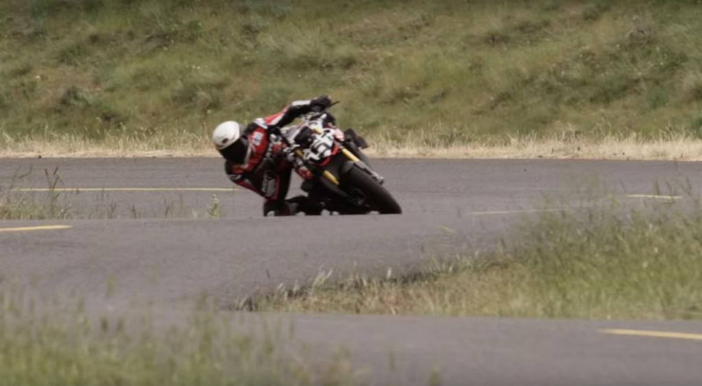 Carlin Dunne (reprodução YouTube Ducati)