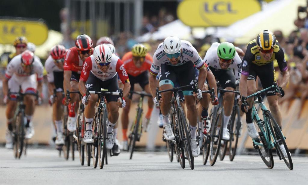 Mike Teunissen venceu primeira etapa do Tour