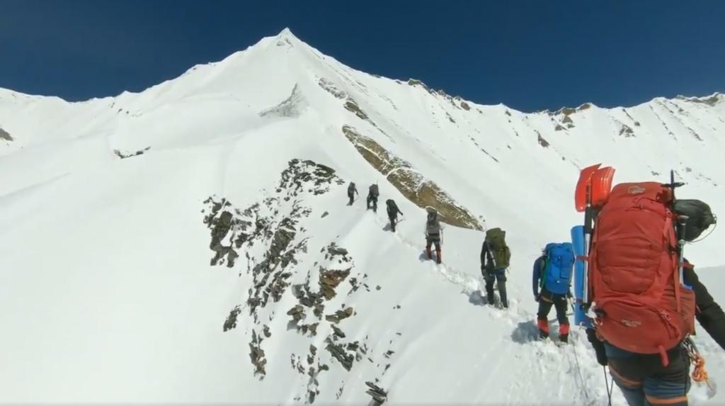 Alpinistas nos Himalaias