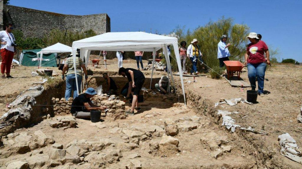 Escavações arqueológicas em Cacela Velha