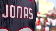 VÍDEO: nova enchente na Luz para a última homenagem a Jonas
