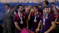 Novos campeões do Mundo de hóquei recebidos em euforia