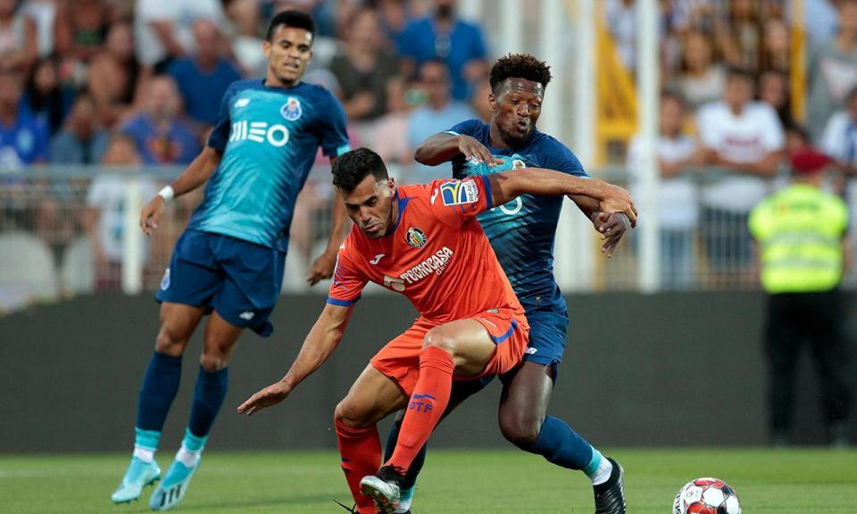FC Porto: Soares sofreu traumatismo e Zé Luís uma contusão