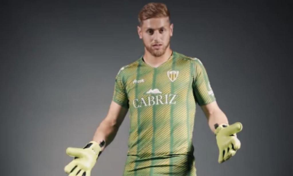 CD Tondela - Equipamentos 2019/2020