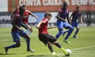 Benfica vence Cova da Piedade