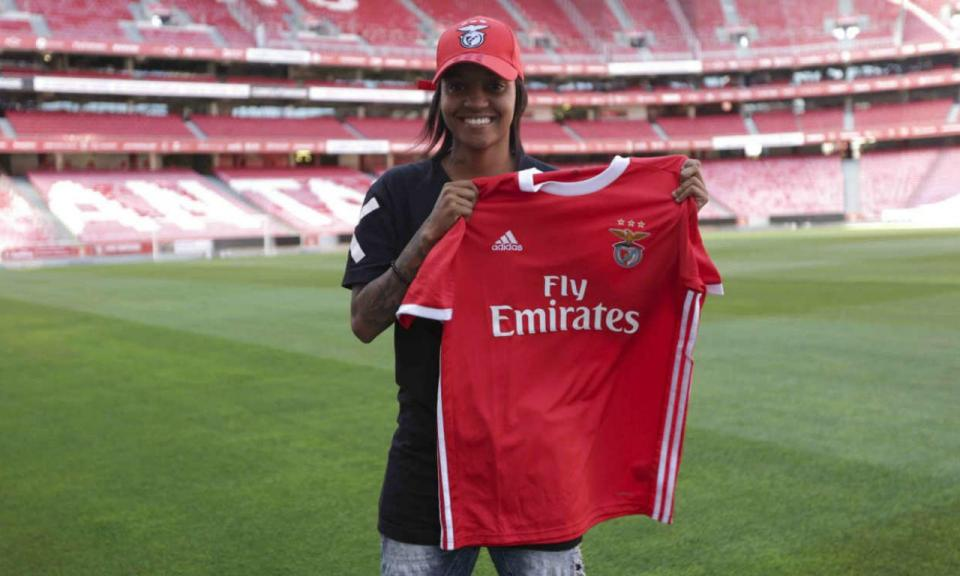 Futebol feminino: Benfica contrata Annaysa Silva