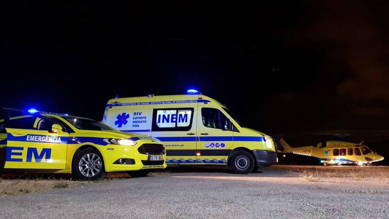 Agente da PSP atropelado quando ajudava animal em Matosinhos - TVI24