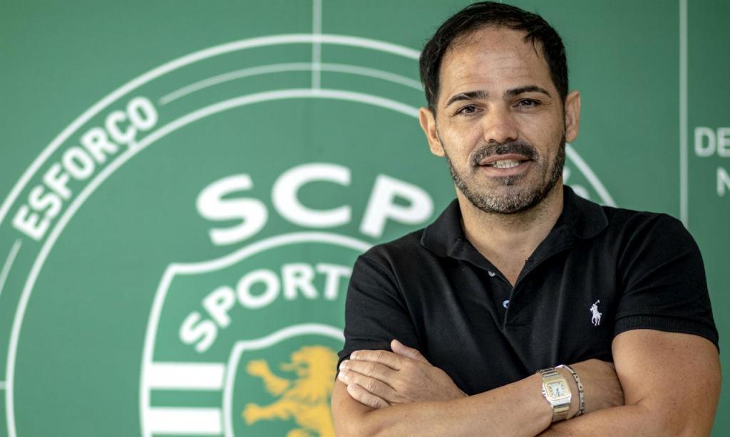 Toñito segue ligado ao Sporting, com a escola do clube em Tenerife