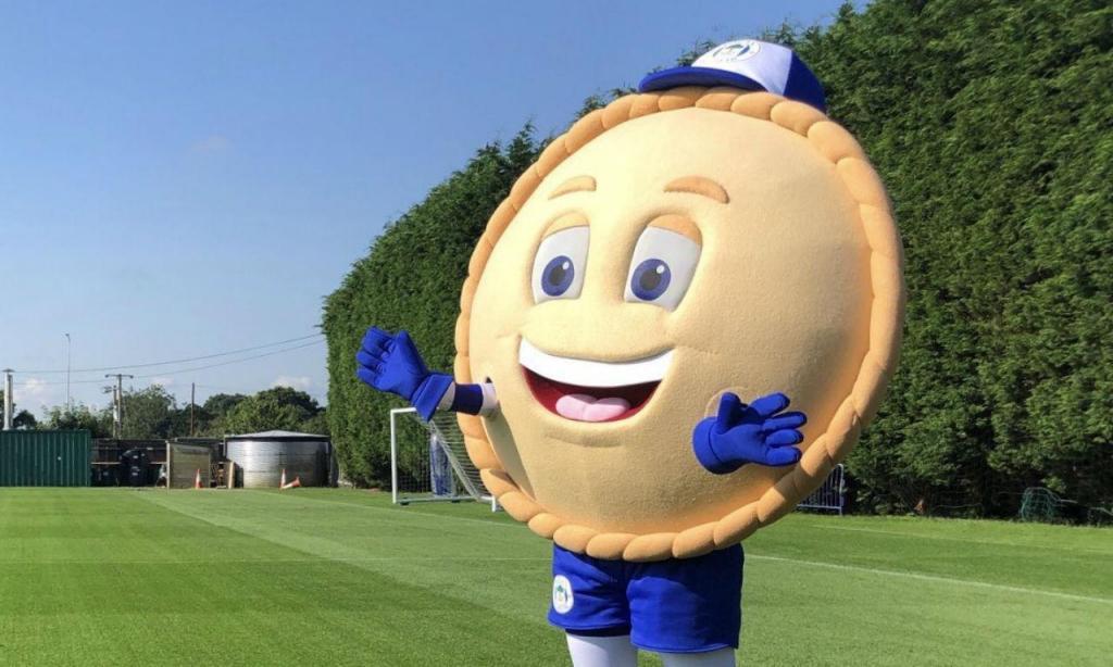 A nova mascote do Wigan é uma tarte