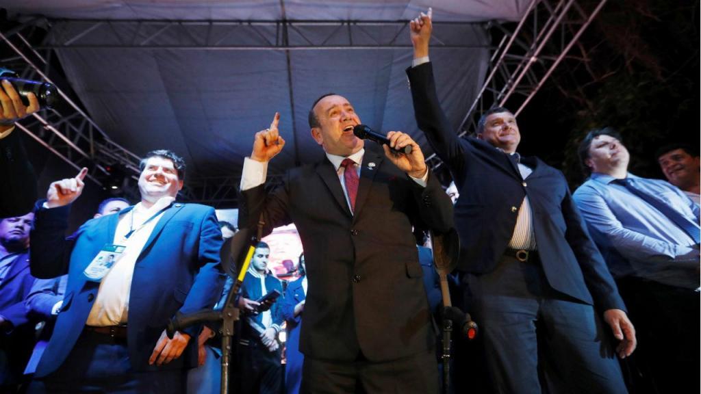 Alejandro Giammattei venceu presidenciais na Guatelama
