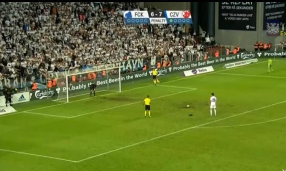 VÍDEO: 22 penáltis para decidir quem vai ao play-off da Champions