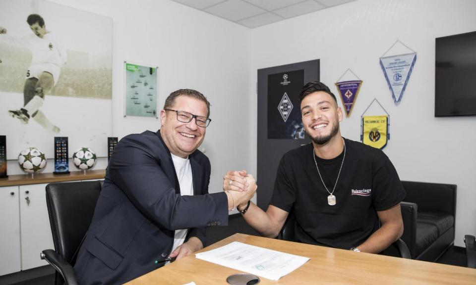 OFICIAL: Mönchengladbach oficializa Ramy Bensebaini