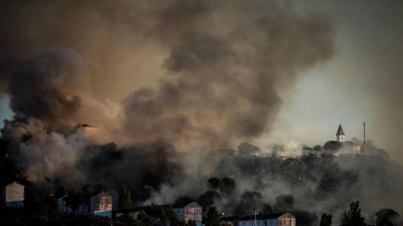 Resultado de imagem para Risco de Incêndio: SMS preventivo chegou a cerca de 6 milhões de pessoas