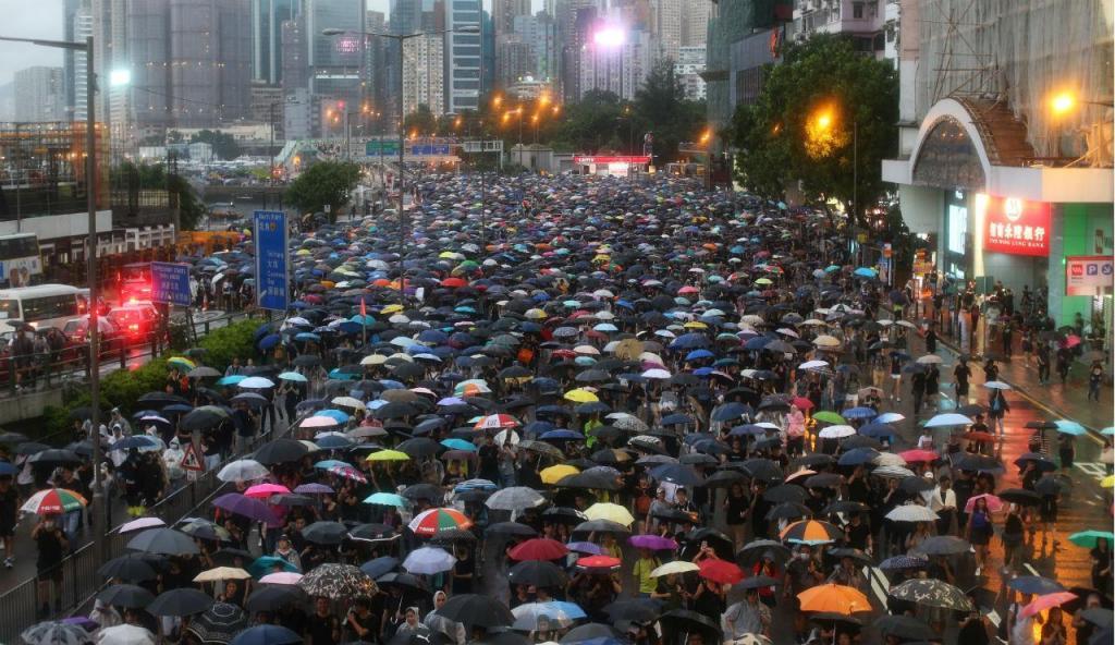 Protesto juntou mais de 1,7 milhões de manifestantes em Hong Kong
