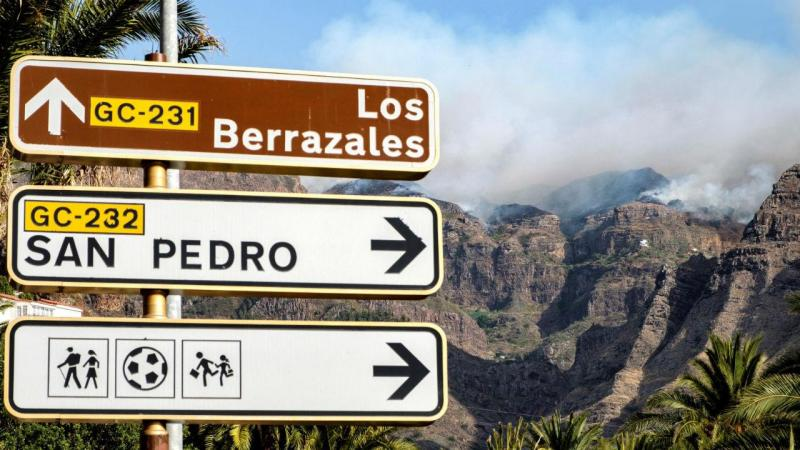 Incêndio devasta ilha da Gran Canaria