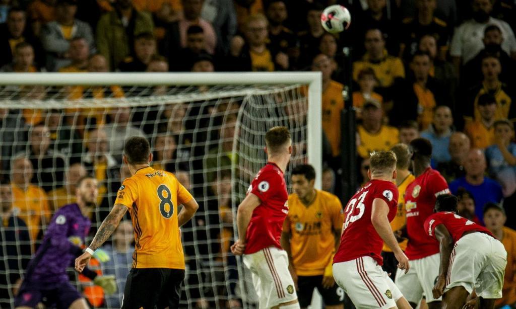 Wolverhampton-Man Utd (EPA/PETER POWELL)