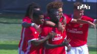 A estreia do benfiquista Ronaldo Camará (16 anos) a marcar na Liga Revelação