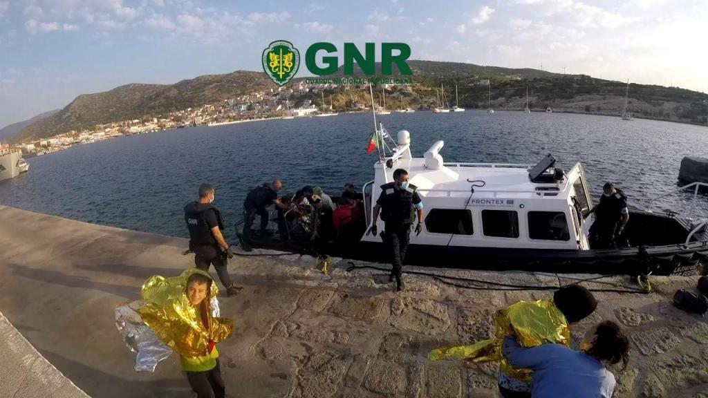 GNR resgata migrantres no mar Egeu